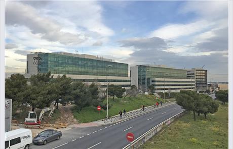 Openbex alquiler oficina en madrid en avenida burgos 89 for Oficinas ibercaja burgos