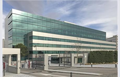 Openbex alquiler oficina en madrid en avenida burgos 89 - Oficinas ibercaja burgos ...