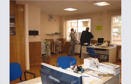 Openbex venta y alquiler oficina en ourense en c juan for Oficina empleo ourense
